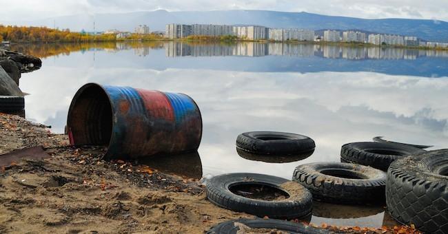 Ecoreati, sversamento di rifiuti