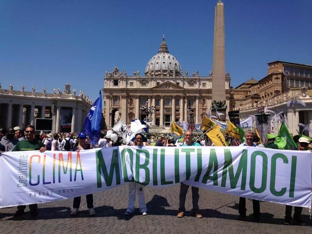 foto marcia a San Pietro
