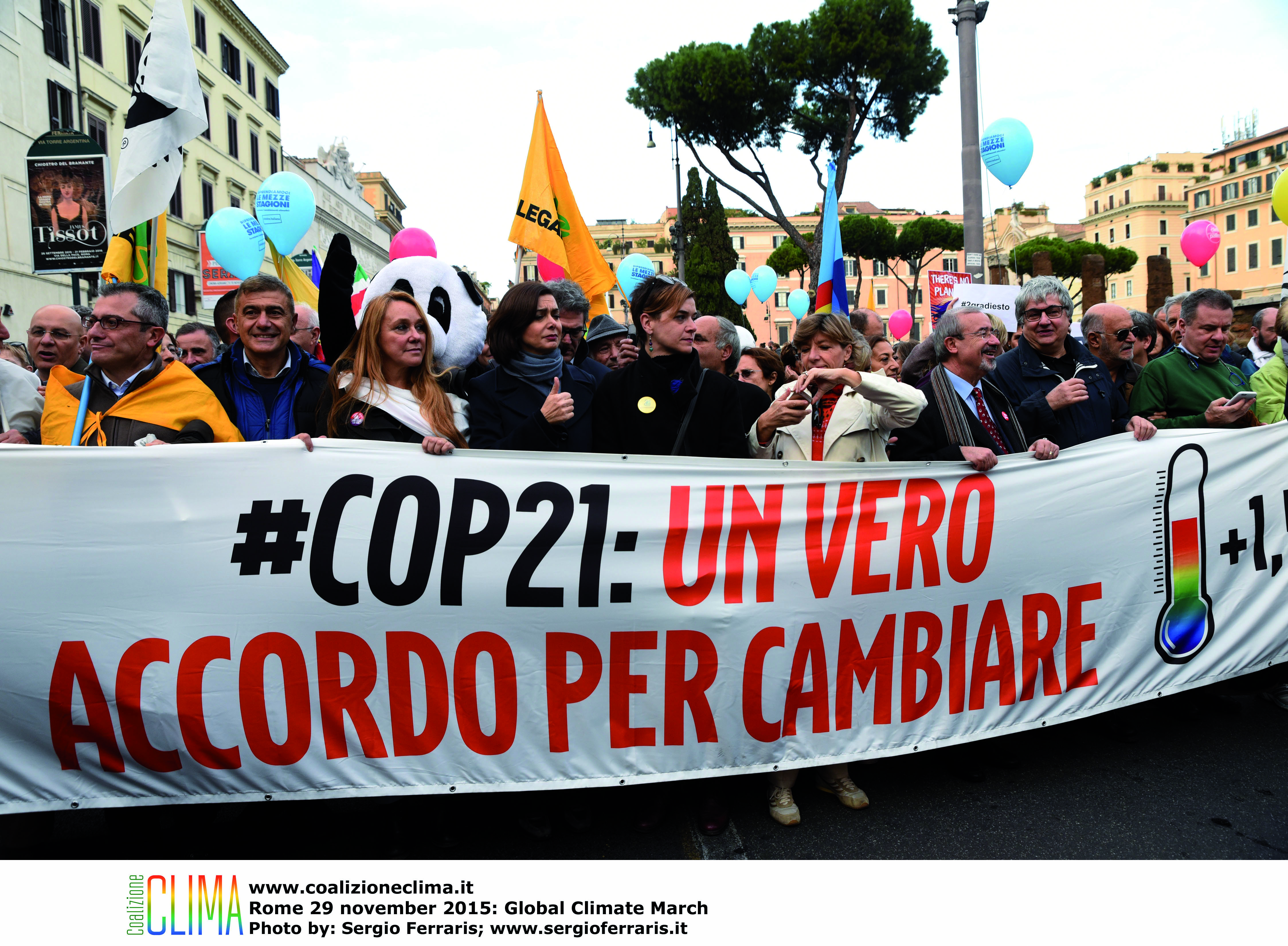 Climate-march-rome-02