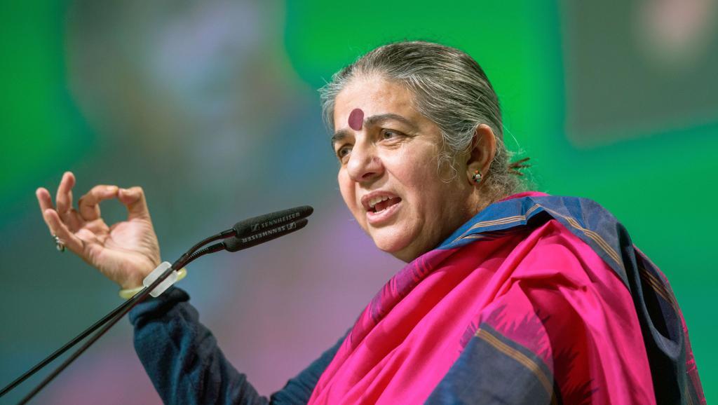 foto di Vandana Shiva