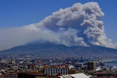 Vesuvio, annuncio del ministro Costa