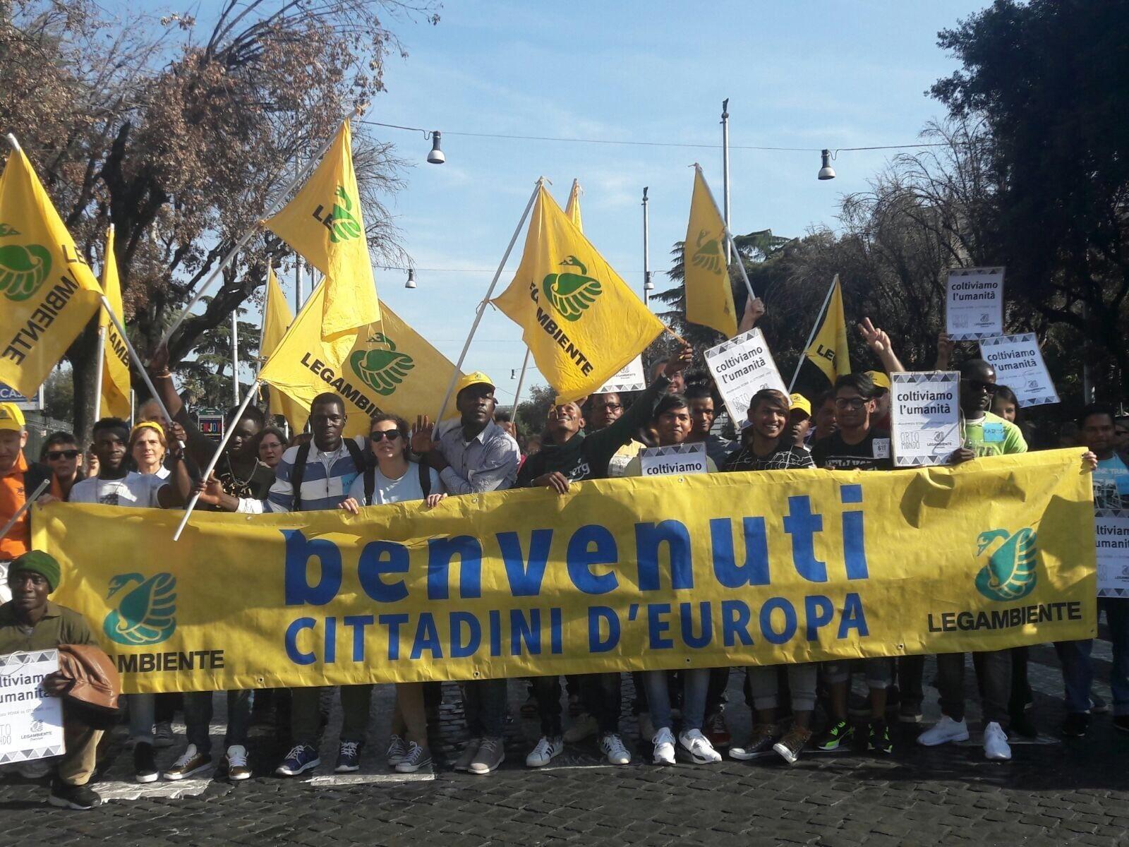 Foto di manifestazione in favore dei migranti