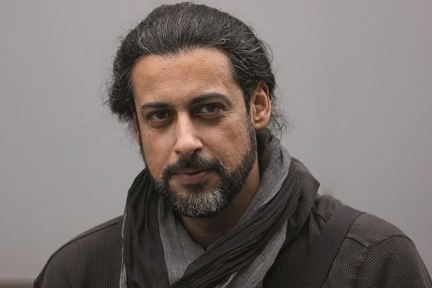 Un primo piano dello scrittore Abbas Khider