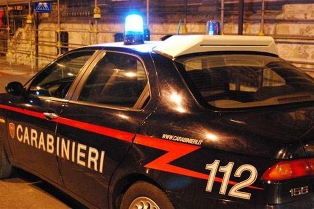 """immagine di una """"Gazeella"""" dei Carabinieri"""