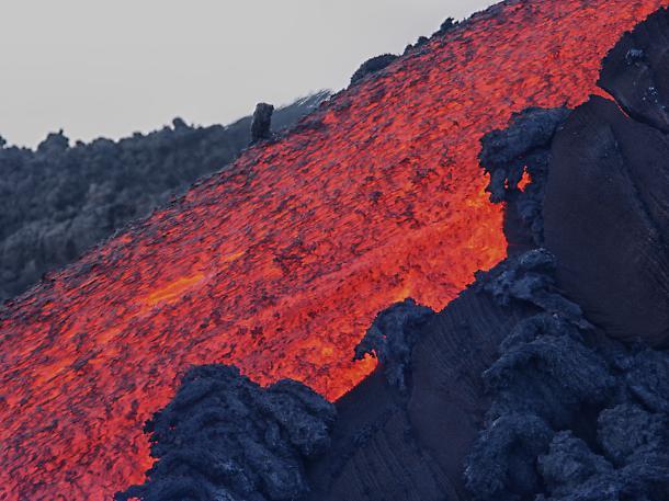 Terremoti e magma