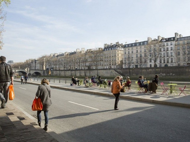 un'immagine del Lungosenna a Parigi senz'auto