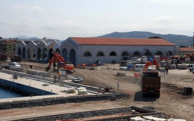 immagine di un cantiere sull'isola della Maddalena