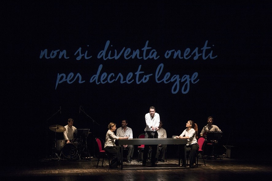 """Foto dello spettacolo """"Dieci Storie Proprio Così"""""""
