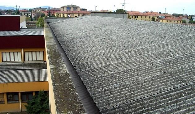 immagine di un tetto realizzato in eternit