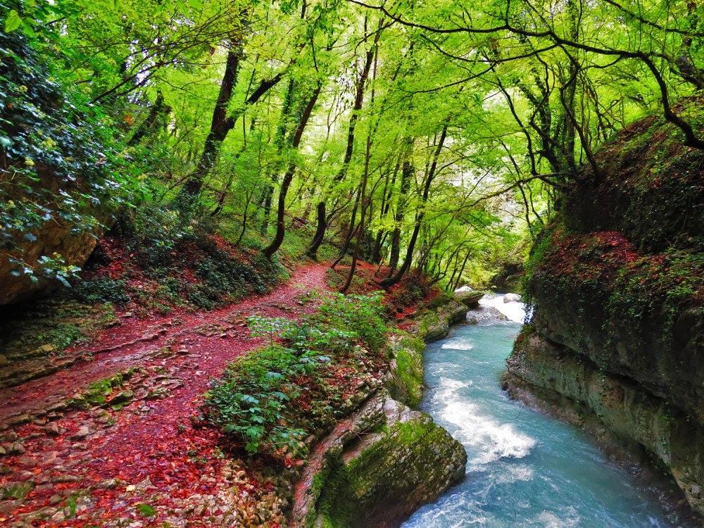 foto di sorgenti a Caramanico Terme