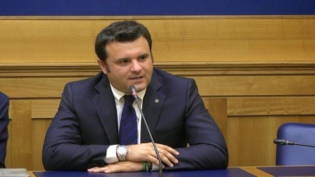 primo piano del ministro Gian Marco Centinaio
