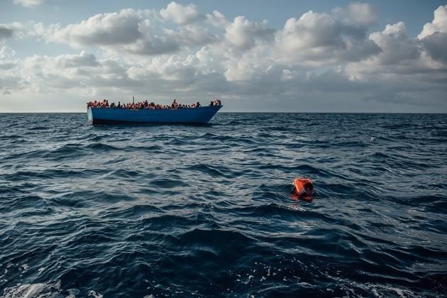 foto di un soccorso (Medici Senza Frontiere)