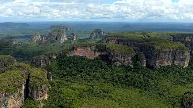 una panoramica di Serranía De Chiribiquete
