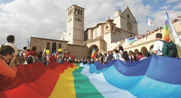 un'immagine della marcia Perugia-Assisi