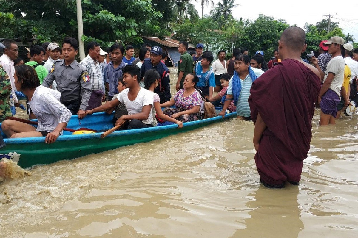 Myanmar, inondazione: decine di migliaia di sfollati