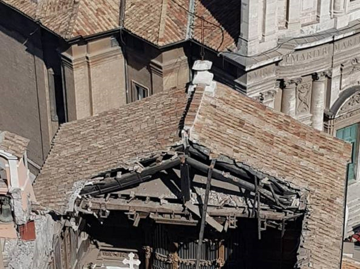 San Giuseppe Dei Falegnami crollo