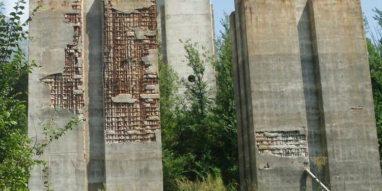 A24, lo stato dei piloni