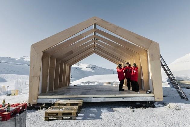 foto della casa in costruzione a Disko Island