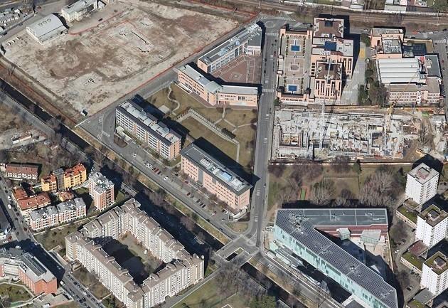 Un'immagine dall'alto di un territorio di Milano urbanizzato