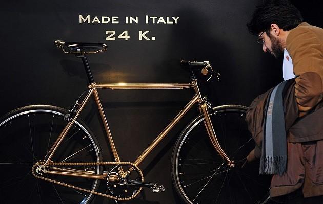 Una bicicletta prodotta in Italia in esposizione