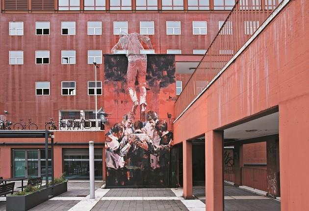 foto dell'opera dello scultore Tresoldi e dello street artist Borondo, fruibili in Ar
