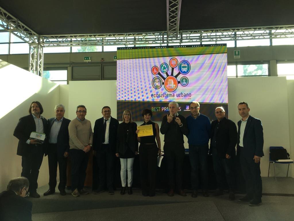 foto premiazione ecosistema urbano 2018