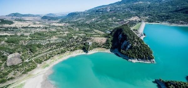 Lago Di Bomba e la diga