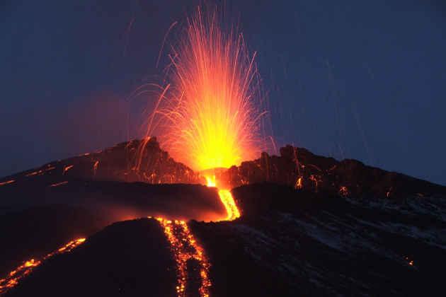 Etna, immagine dell'eruzione