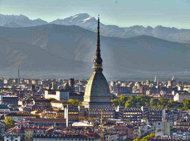 foto di Torino e la Mole Antoneliana