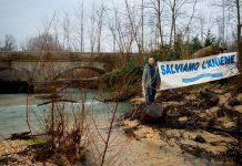 protesta dei pesci sul fiume Aniene