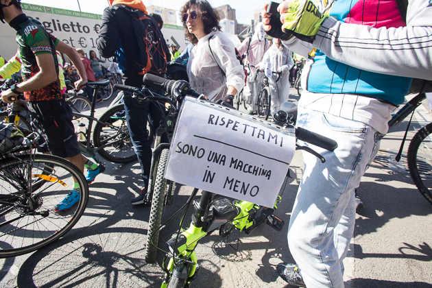 Sicurezza stradale, manifestazione a Roma. Foto di Sara Casna