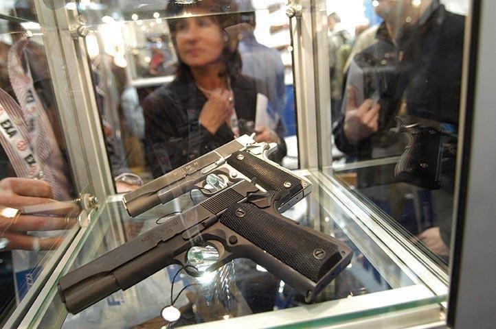 foto dell'Exa, Small Arms Exibition (foto di Dino Fracchia)