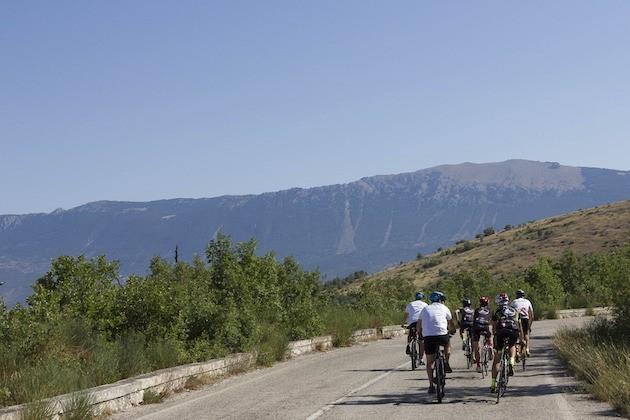 Immagine di ciclisti