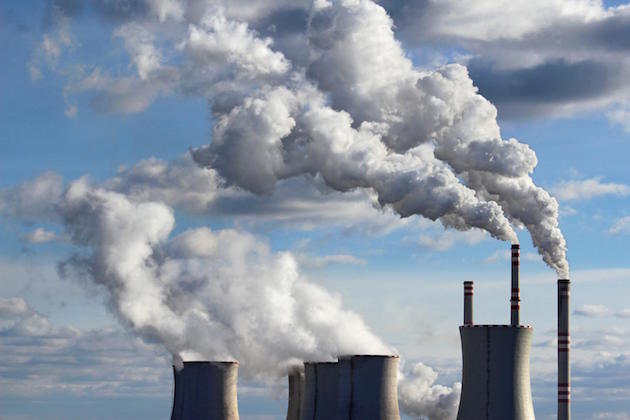 L'immagine di una centrale a carbone