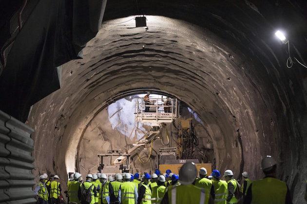 Un'immagine dei lavori per la realizzazione di un tratto del tunnel della TAV
