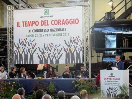 Stefano Ciafani sul palco XI Congresso di Legambiente (foto di Marco Mancini)