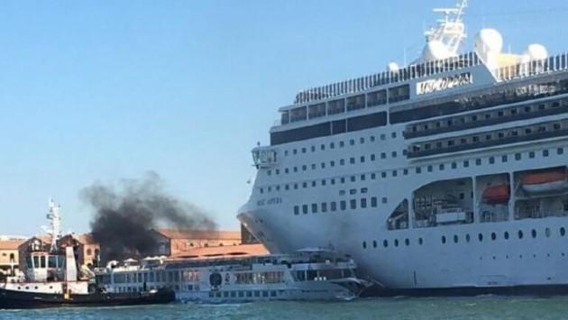 incidente grandi navi Venezia