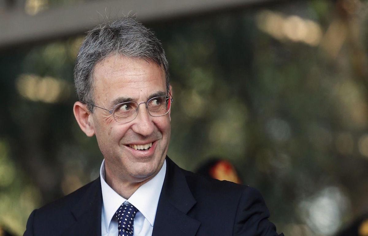 Sergio Costa Ministro Ambiente legge rifiuti Marche