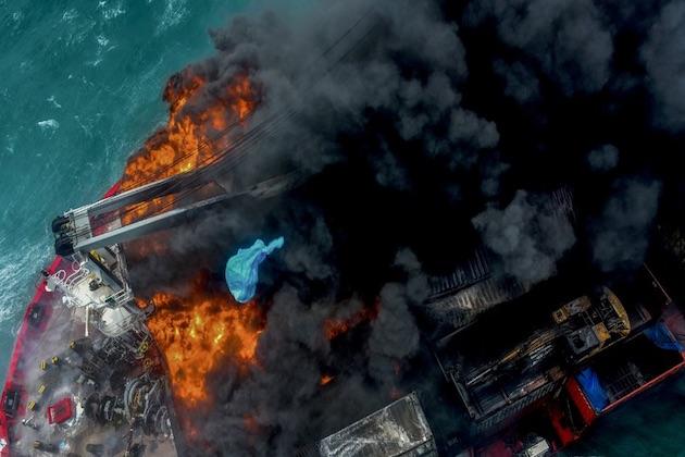 Sri Lanka incendio portacontainer