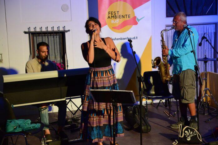 concerto FestambienteSud 2021 Daniele Sepe, Piero de Asmundis ed Emilia Zamuner